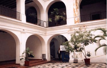 Bella Vista Courtyard #2